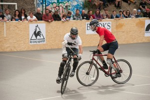 Setting picks in bike polo